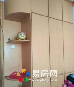 新珠花苑套二房源出售带有车库面积23平