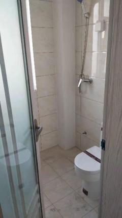 (胶南)天一兰悦公馆2室1厅1卫77m²简单装修