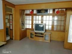 (胶南)温馨家园3室1厅1卫99m²简单装修
