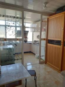 (胶南)珠海苑2室2厅1卫75m²精装修