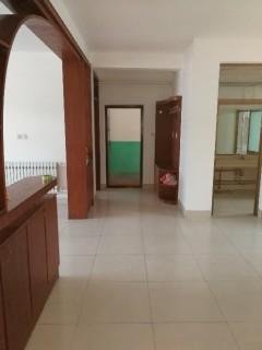 3室2厅1卫157m²简单装修