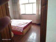 (胶南)坤宇花园3室1厅1卫86m²中档装修