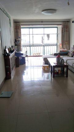 黄海小区三期 精装套二房 送车库 便宜出售