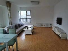 (胶南)K2海棠湾3室2厅2卫2100元/月136m²精装修出租