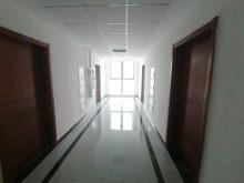 顶账房!融合大厦旁 办公写字楼 可办公可公寓 带中央空调!52万80m²毛坯房 出售